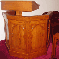 Gunder Wood Lecturns and Pulpits